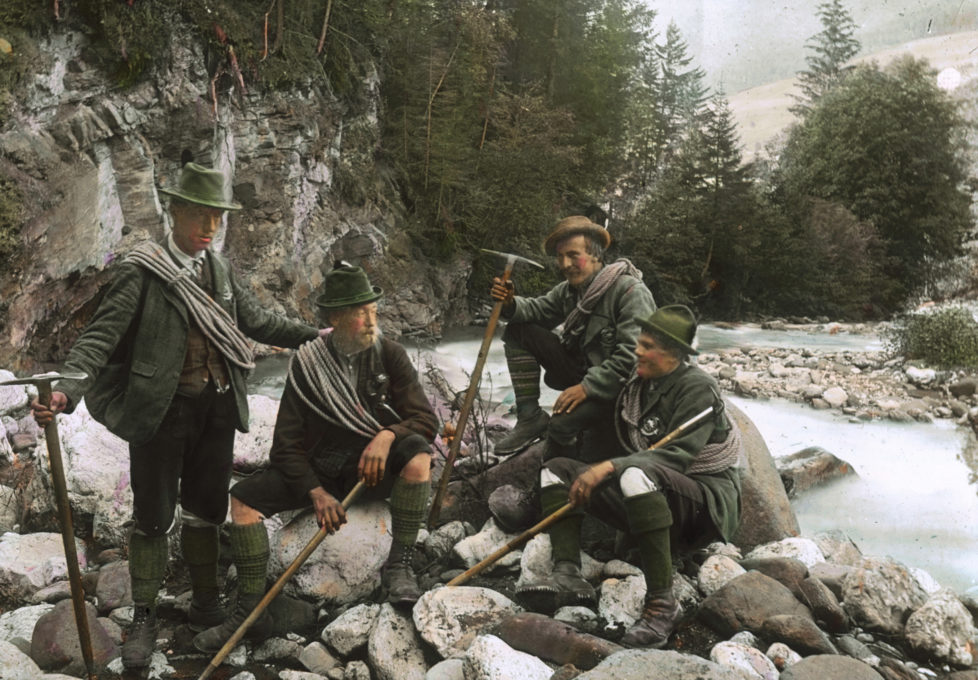 AUSTRIA - CIRCA 1910: Mountain Guides in Tyrol. Handcolored lantnern slide around 1910. (Photo by Imagno/Getty Images)