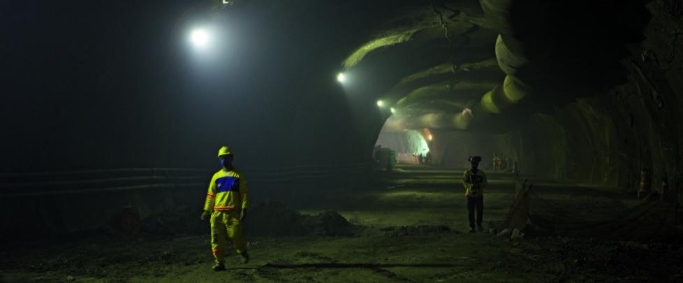 Tunnel für die neue Metrolinie. Zahlreiche Verkehrslinien der Stadt wurden neu gebaut. Rio de Janeiro, Juni 2015.