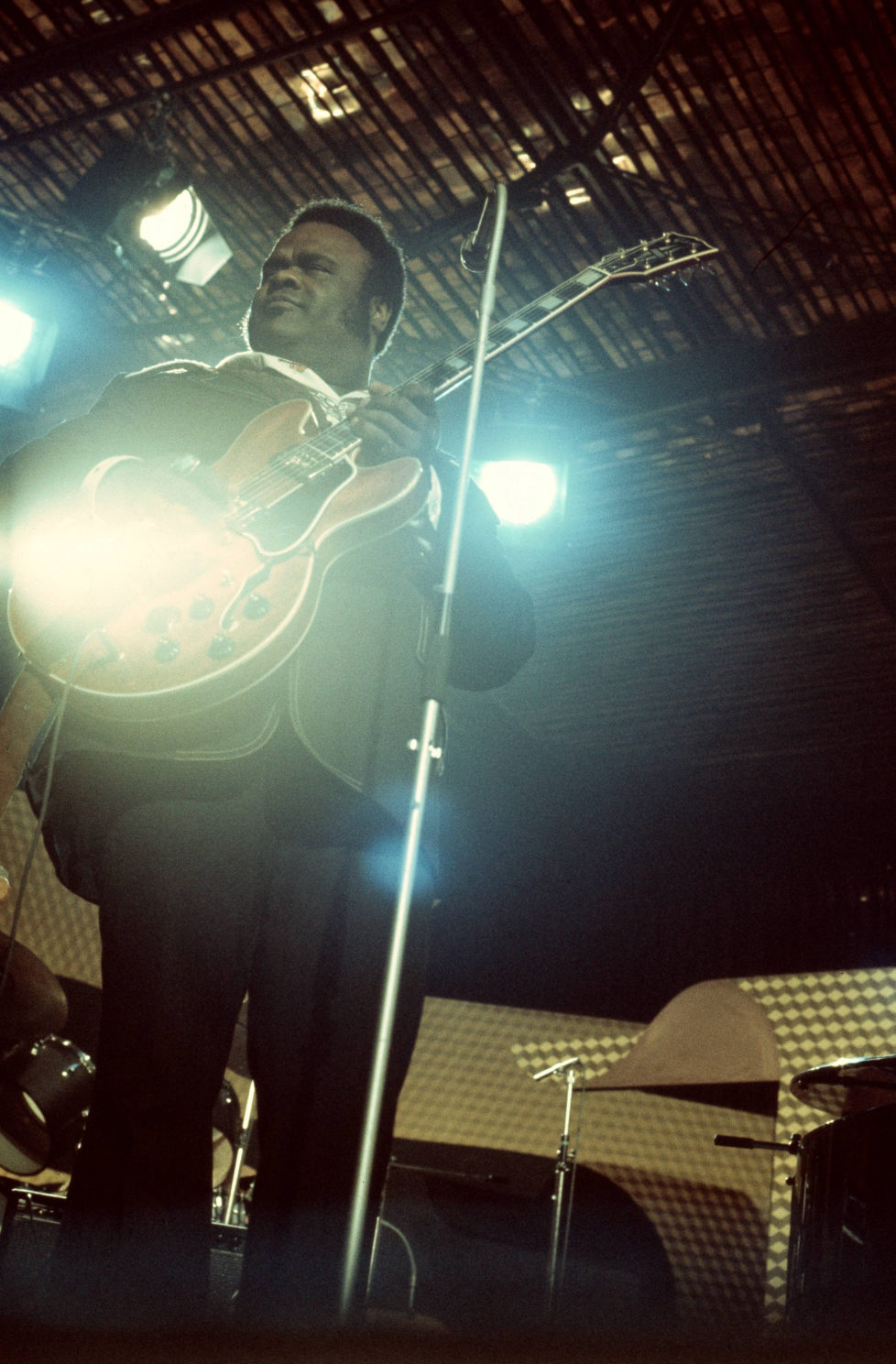 SWITZERLAND - JUNE 29: MONTREUX JAZZ FESTIVAL Photo of Freddie KING, Freddie King performing on stage (Photo by David Warner Ellis/Redferns)