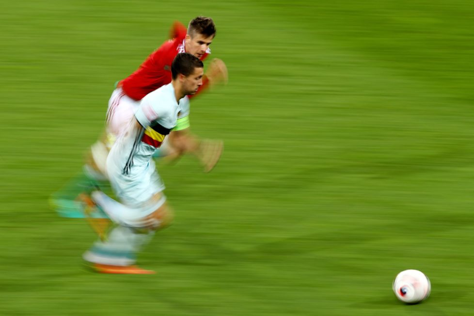 TOULOUSE, FRANCE - JUNE 26: Eden Hazard of Belgium runs with the ball during the UEFA EURO 2016 round of 16 match between Hungary and Belgium at Stadium Municipal on June 26, 2016 in Toulouse, France. (Photo by Dean Mouhtaropoulos/Getty Images)