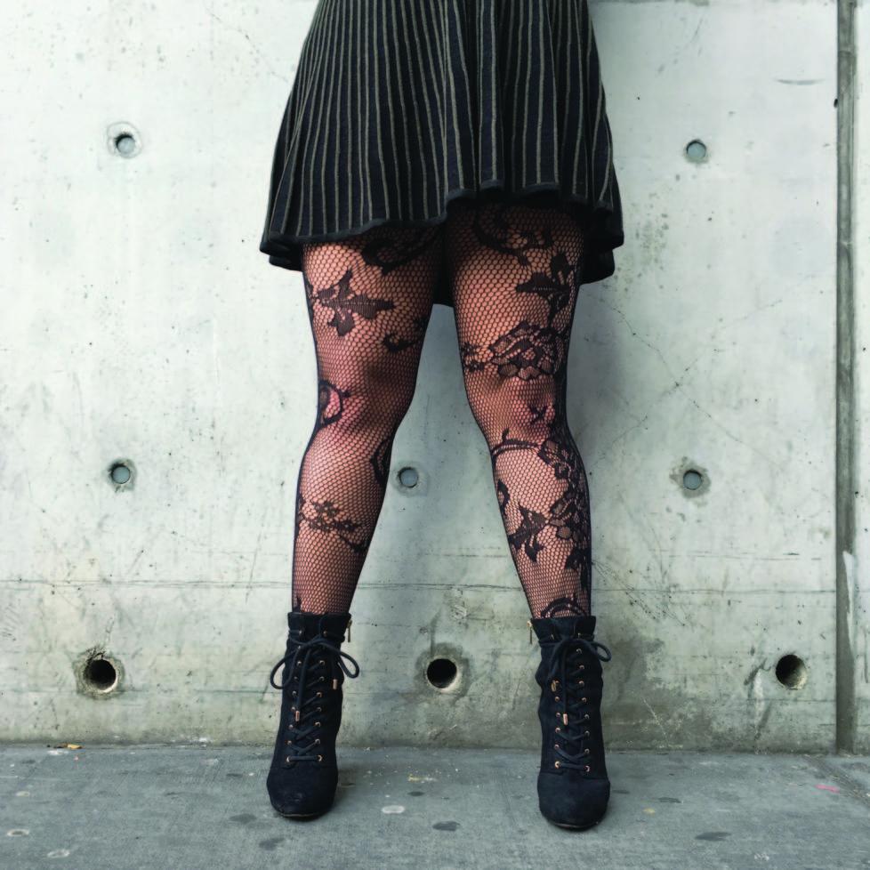 BILDSEITE vom SA 9.7. / 12.7. BUCH NY LEGS Kehrer verlag Foto: Stacey Baker
