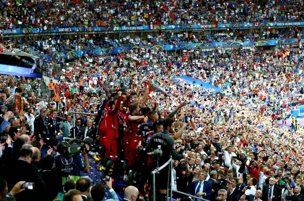 PARIS, FRANCE - JULY 10: Portugal players celebrate after their side win 1-0 against France during the UEFA EURO 2016 Final match between Portugal and France at Stade de France on July 10, 2016 in Paris, France. (Photo by Alex Livesey/Getty Images)