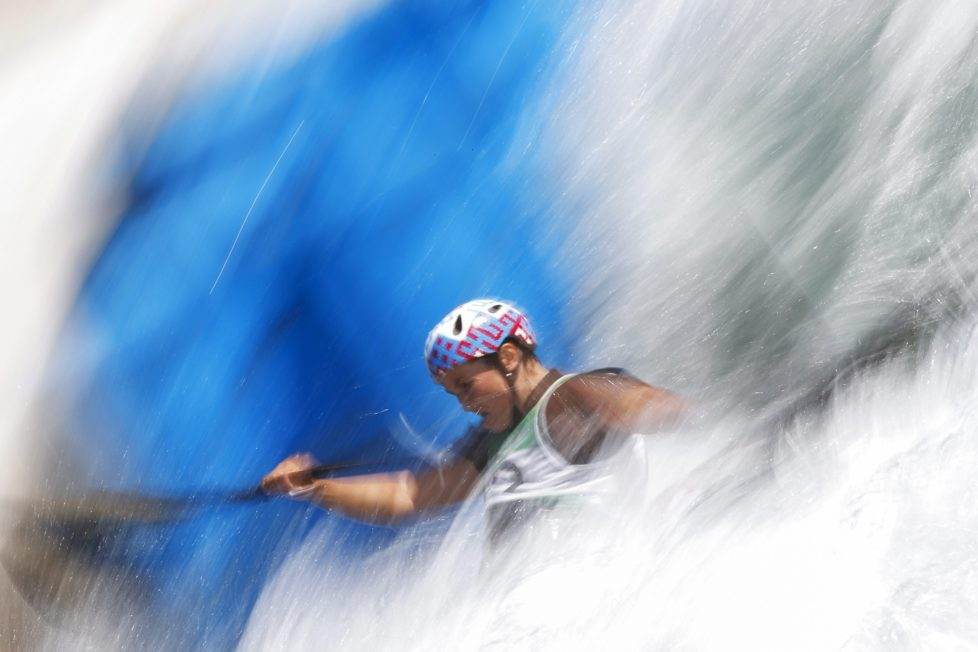 epa05451278 Marta Kharitonova of Russia in action during a training session for the Rio 2016 Olympic Games Canoe Slalom events at the Whitewater Stadium in Rio de Janeiro, Brazil, 01 August 2016. The Rio 2016 Olympic Games will take place from 05 to 21 August 2016. EPA/VALDRIN XHEMAJ