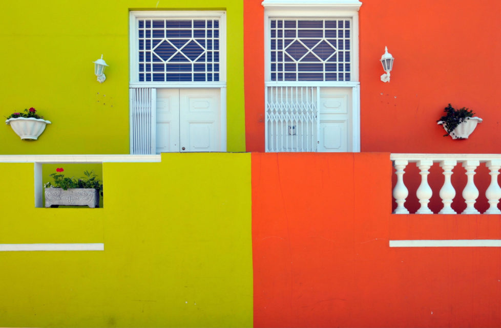 (GERMANY OUT) Republic of South Africa - Kapstadt Cape Town: Bo Kaap district, houses in green and orange (Photo by JOKER/Walter G. Allg?wer/ullstein bild via Getty Images) *** Local Caption *** 01021730